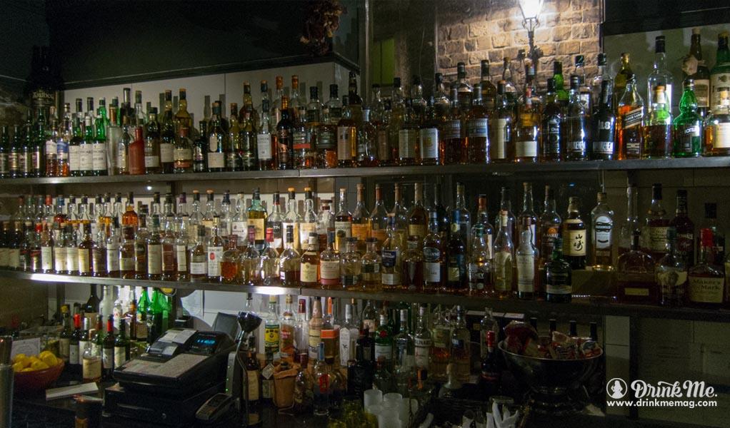 The Black Cat Best Whisky Bar In Edingburgh Drink Me